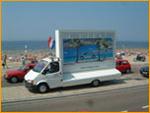 Mobiele rijdende reclameborden TIPS reclame op wielen